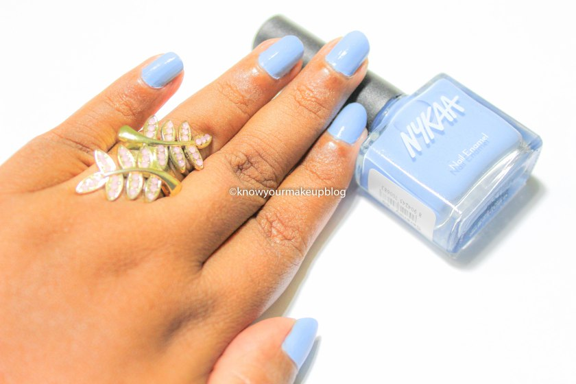Nykaa Pantone Color of the Year Combo Nail Paint Serenity