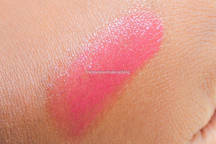 texture-of-maybelline-baby-lips-bright-out-loud-color-pink-alert